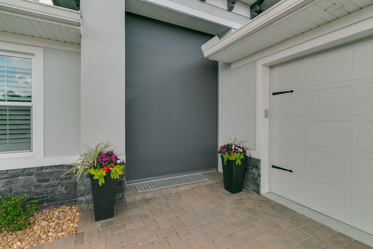 AVLT Solutions - Florida - House 3 - Shade as Doorway
